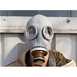 orig. Armee Schutzmaske ABC mit Schlauch, Filter, Ersatzgläser, Schutzumhang und Tasche neuwertig